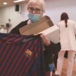 Camisetas a Residencias por Navidad Agrupación de Jugadores del FC Barcelona